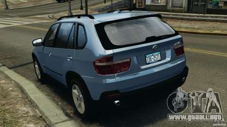 BMW X5 xDrive30i para GTA 4 Vista posterior izquierda