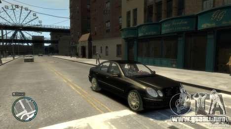 Mercedes-Benz E55 W211 para GTA 4 vista hacia atrás
