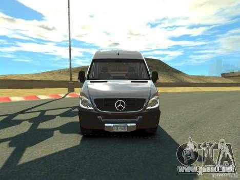 Mercedes-Benz Sprinter 2500 para GTA 4 left