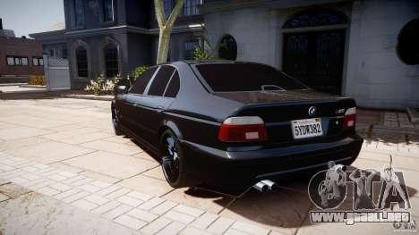 BMW M5 E39 Stock 2003 v3.0 para GTA 4 Vista posterior izquierda