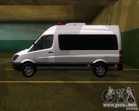 Mercedes-Benz Sprinter 311CDi para GTA San Andreas left