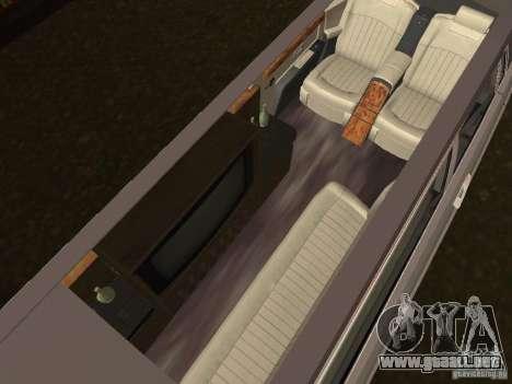 Chofer de limusina Rolls-Royce Phantom 2003 para GTA San Andreas vista posterior izquierda