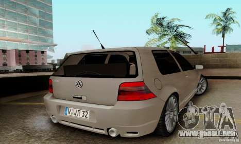 Volkswagen Golf GTI R32 para GTA San Andreas left