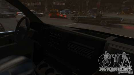 GMC Savana 2500 v1.0 para GTA 4 vista interior