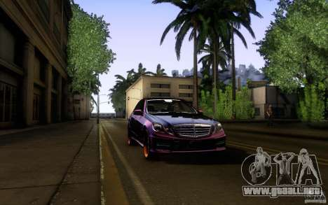 Mercedes Benz E63 DUB para la vista superior GTA San Andreas