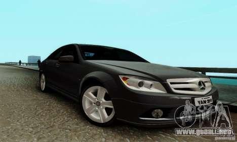 Mercedes-Benz C180 para GTA San Andreas left