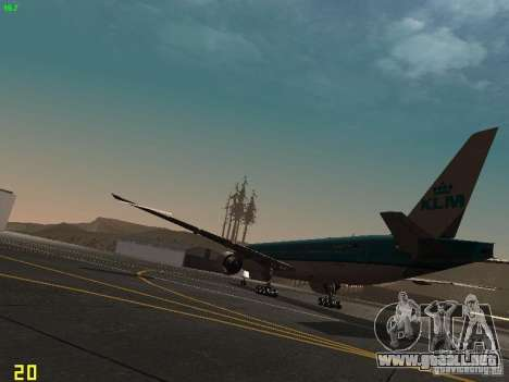 Boeing 777-200 KLM Royal Dutch Airlines para GTA San Andreas vista posterior izquierda