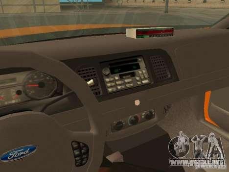 Ford Crown Victoria San Francisco Cab para vista lateral GTA San Andreas