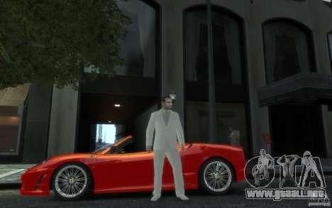 Gran traje gris y blanco para GTA 4 segundos de pantalla