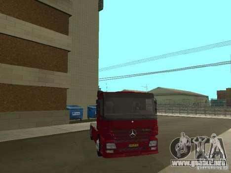 Mercedes Actros Tracteur 3241 para visión interna GTA San Andreas