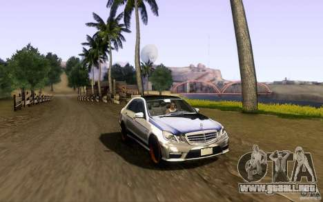 Mercedes Benz E63 DUB para vista lateral GTA San Andreas