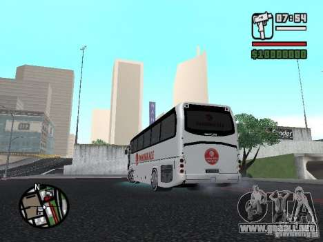 Neoplan Tourliner para GTA San Andreas left
