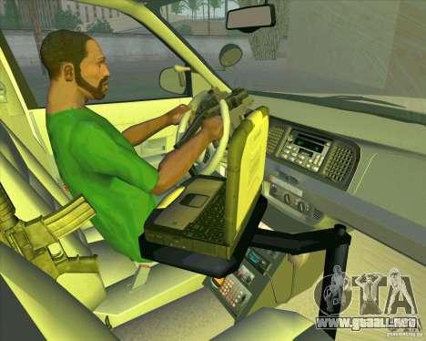 Ford Crown Victoria 2003 NYPD police V2.0 para vista lateral GTA San Andreas