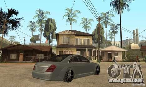 Mercedes Benz Panorama 2011 para la visión correcta GTA San Andreas