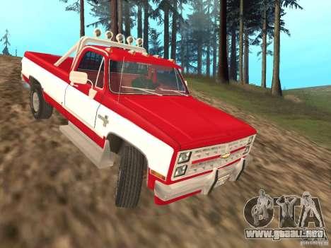 Chevrolet Silverado 2500 para GTA San Andreas vista posterior izquierda