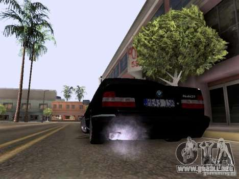 BMW E34 540i para GTA San Andreas left