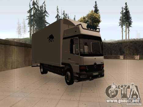 Mercedes-Benz Atego para GTA San Andreas left