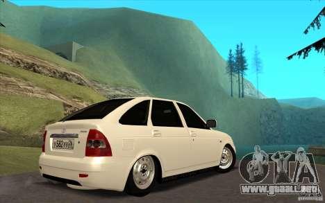 Lada Priora 2172 Hatchback para GTA San Andreas vista posterior izquierda
