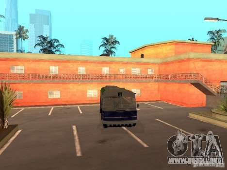 IKARUS 620 para GTA San Andreas vista posterior izquierda