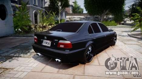 BMW M5 E39 Stock 2003 v3.0 para GTA 4 vista lateral