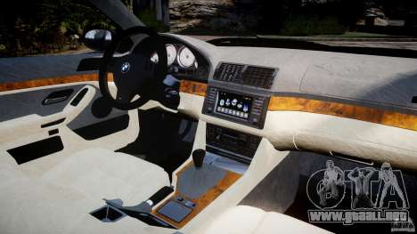 BMW M5 E39 Stock 2003 v3.0 para GTA 4 visión correcta
