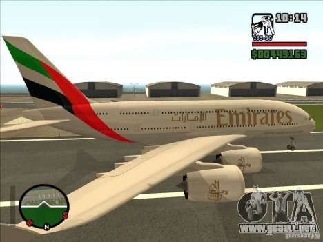 Boeing Emirates Airlines para GTA San Andreas left