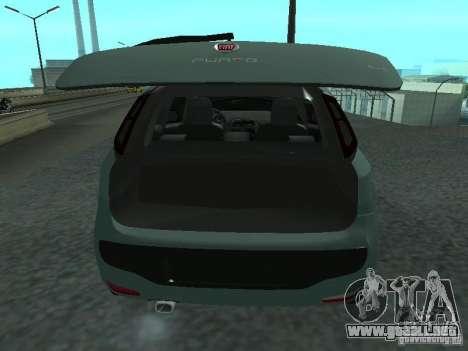 Fiat Punto EVO SPORT 2010 para GTA San Andreas vista hacia atrás