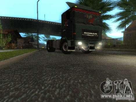 Roman R 10215 FS para GTA San Andreas left