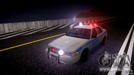 Ford Crown Victoria 2003 Noose v2.1 para GTA 4 interior