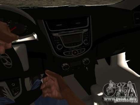 Hyundai Solaris para GTA San Andreas vista hacia atrás