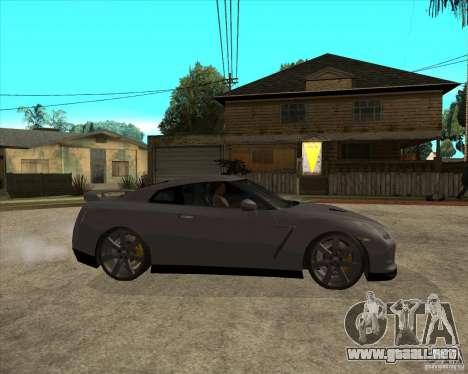 2008 Nissan GTR R35 para la visión correcta GTA San Andreas