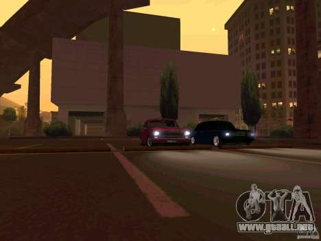 GAS 24 CR v2 para GTA San Andreas left