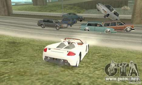 Porsche Carrera GT 2003 para GTA San Andreas left