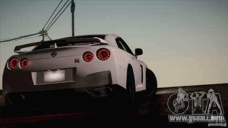 Nissan GTR Black Edition para visión interna GTA San Andreas