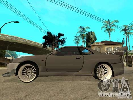 Nissan Skyline R 34 Need For Speed Carbon para GTA San Andreas vista posterior izquierda