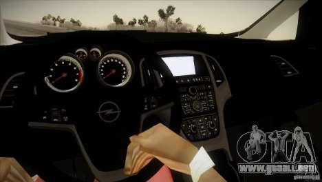 Opel Astra 2010 para visión interna GTA San Andreas