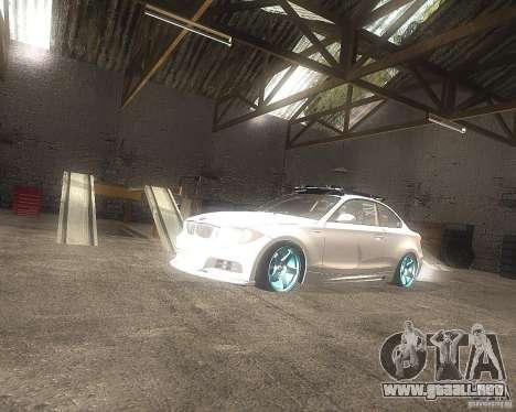 BMW 135i Hella Drift para la visión correcta GTA San Andreas