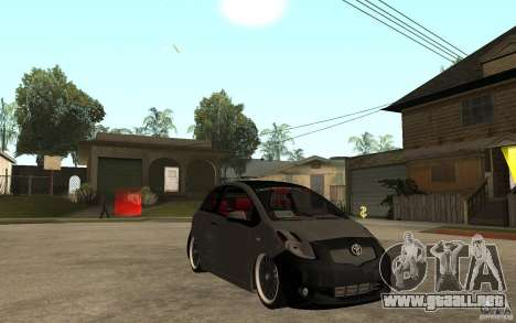 Toyota Yaris II Custom para GTA San Andreas vista hacia atrás