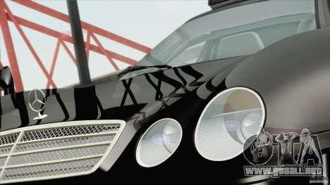 Mercedes-Benz CLK GTR Race Road Version Stock para GTA San Andreas vista posterior izquierda