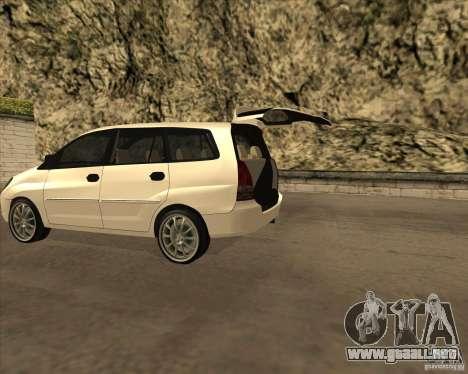 Toyota Innova para GTA San Andreas vista posterior izquierda