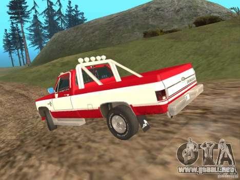 Chevrolet Silverado 2500 para la visión correcta GTA San Andreas