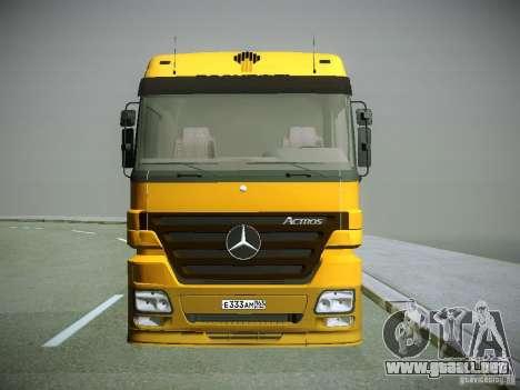 Mercedes-Benz Actros Rosneft para GTA San Andreas left