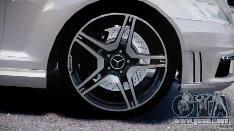 Mercedes-Benz S63 AMG [Final] para GTA motor 4