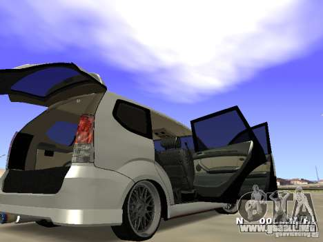 Toyota Avanza Street Edition para la visión correcta GTA San Andreas