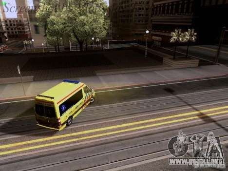 Mercedes-Benz Sprinter Ambulance para vista inferior GTA San Andreas