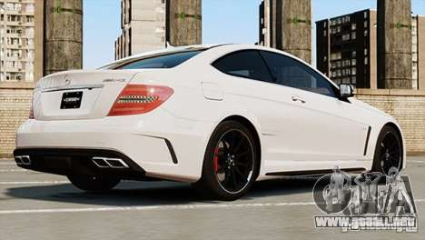 Mercedes-Benz C63 AMG para GTA 4 left