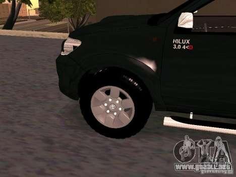 Toyota Hilux SRV 3.0 4X4 Automatica para la visión correcta GTA San Andreas