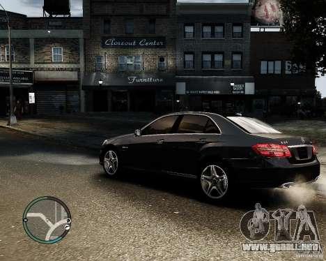 Mercedes Benz E63 AMG v2.0 2010 para GTA 4 left
