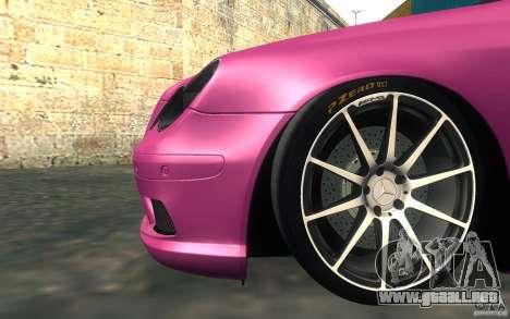Mercedes-Benz CLK55 AMG para visión interna GTA San Andreas