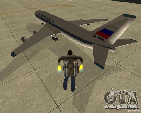 Ilyushin Il-86 para GTA San Andreas left